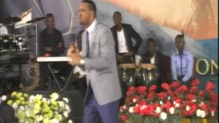 Divine-Speed-Summit-2014-with-Dr-Chris-Okafor width=