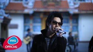 getlinkyoutube.com-สองคน หนึ่งใจ feat. Waii : เล้าโลม | Official MV