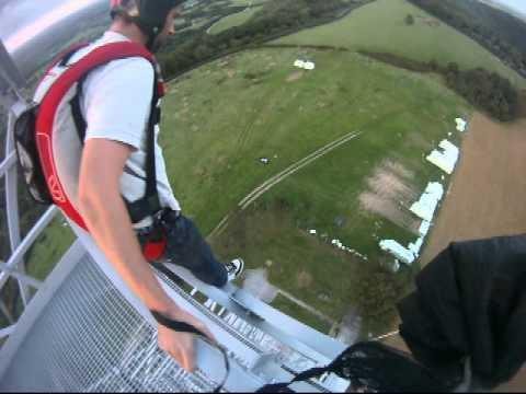 my first antenna base jump (190 foot)