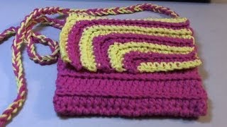 getlinkyoutube.com-Fun and easy 2 color #Crochet Contrasting crochet purse