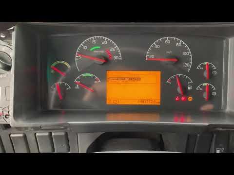 Где находится датчик износа тормозных колодок в Вольво S80