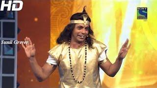 getlinkyoutube.com-Sunil Grover Naagin Performance at  Guild Film Awards