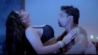 getlinkyoutube.com-Hate Story 3 Hot Scene  REVEALED   Karan Singh Grover, Zarine Khan, Sharman Joshi, Daisy Shah