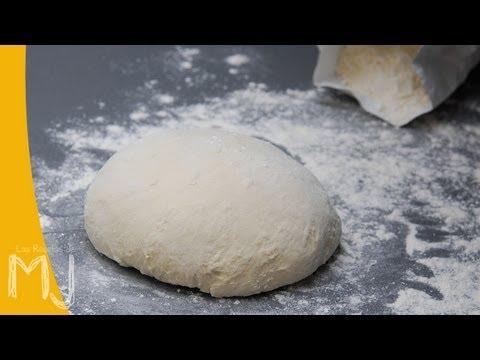 BÁSICOS | Cómo hacer masa de pizza (fácil y rápida)