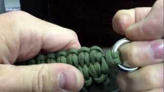 getlinkyoutube.com-How to make a paracord quick deploy bracelet with the blaze bar