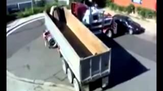 getlinkyoutube.com-مهارات سائق شاحنة