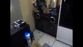 getlinkyoutube.com-Som Automotivo em casa Stetsom 2k5 + banda 2.4 400w