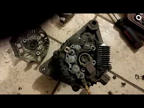 Замена щеток генератора Toyota Avensis