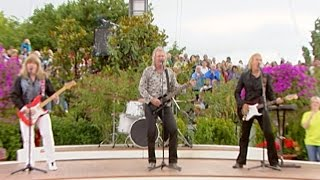 getlinkyoutube.com-Sweet - Fox On The Run - ZDF Fernsehgarten 17.07.2011 (OFFICIAL)
