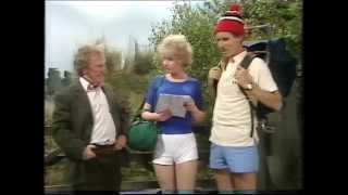 getlinkyoutube.com-BBC Dick Emery sketch selection