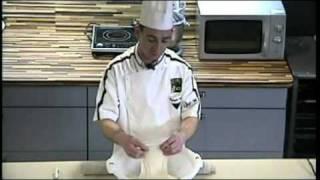 getlinkyoutube.com-NOEL Christophe - Baguettes de tradition française sur poolish