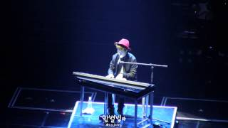 getlinkyoutube.com-[FANCAM/찍캠] 140809 JYPNation ONE MIC - Moves Like Jagger (Youngjae Focus)