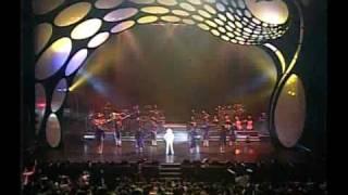 getlinkyoutube.com-鳳飛飛 35周年演唱會 20 組曲 - 巧合、我不能沒信心、奔向彩虹