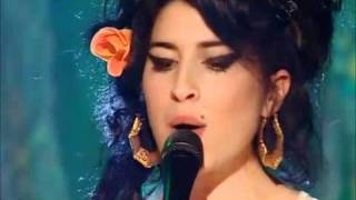 getlinkyoutube.com-Amy Winehouse - You Know I'm no Good  (Live on The Russell Brand Show)
