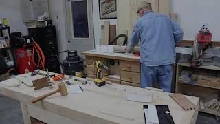 getlinkyoutube.com-Cutting dove tail splines for the box