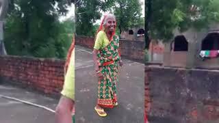 80 year old women dance DJ song