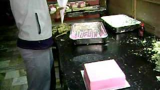getlinkyoutube.com-India cake decor.AVI