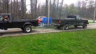 getlinkyoutube.com-Ford diesel(7.3) vs ford(460)
