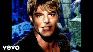 getlinkyoutube.com-Ricky Martin - She Bangs (English)