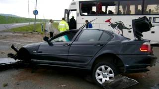 getlinkyoutube.com-BMW crash BUS in 180 kmh