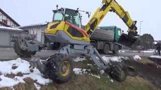 getlinkyoutube.com-Menzi Muck M545 mit Sieblöffel und Rototilt - with sieve bucket and rototilt
