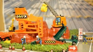 getlinkyoutube.com-トミカ 建設現場 コマ撮り Construction site stop motion photograpy