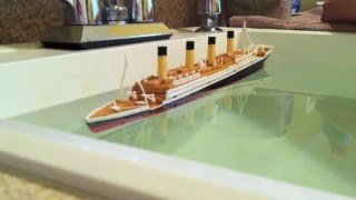getlinkyoutube.com-R.M.S. Titanic Model Sinking