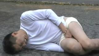 getlinkyoutube.com-【衝撃映像】 急所打撲 股間大爆発雷ノ型 零式改
