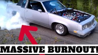 454 CHEVY BURNOUT! - 1985 Olds Cutlass Supreme Screams In The Driveway!