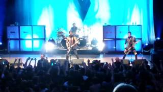 getlinkyoutube.com-Bullet for my Valentine - NO WAY OUT LIVE 06/10/15