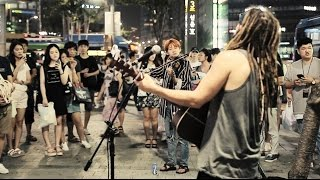 getlinkyoutube.com-외국인과 한국인의 소름돋는 즉흥연주 라이브 (5분부터 한국어 가사, 탁보늬&안코드)