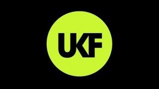 getlinkyoutube.com-Jeff Wayne - The Eve Of The War (Ft. Liam Neeson) (Drumsound & Bassline Smith Vocal Remix)