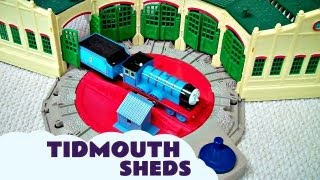 getlinkyoutube.com-Trackmaster Tidmouth Sheds Toy with Thomas And Friends Hank Scruff James Edward & Henry Kids