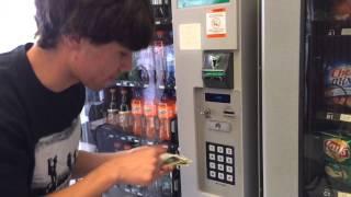 getlinkyoutube.com-How To Get Free Money From A Vending Machine