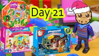 getlinkyoutube.com-Polly Pocket, Playmobil Holiday Christmas Advent Calendar Day 21 Toy Surprise Opening Video