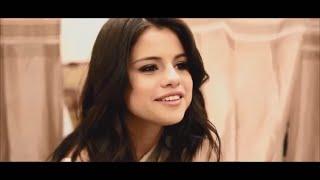 getlinkyoutube.com-Selena Gomez - Funny Moments