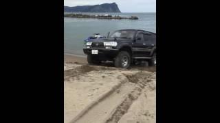 Car Sand Stuck ランクル80 波打ち際にてスタック 自力で脱出