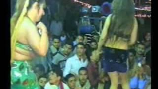 المطرب محمد الخولى والراقصاتwmv