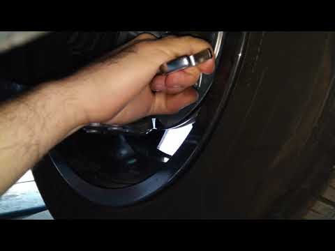 Затяжка гайки шаровой опоры на новой Peugeot 3008