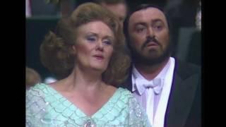 Dame Joan Sutherland and Luciano Pavarotti - 'Parigi, o cara' Verdi's La traviata