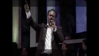 TAMIL CHRISTIAN SONG / REVIVE'12 / Umakagavae Uyir Vazha (OFFICIAL) / Eva.Albert Solomon