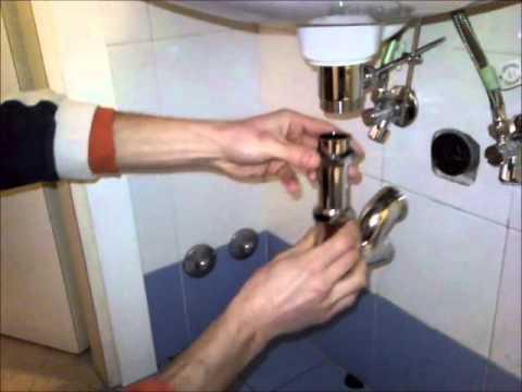 Come installare dei tubi scarico per i lavelli del bagno fai da te mania - Sifone lavandino bagno ...