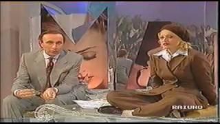getlinkyoutube.com-Madonna Italian Interview 1993