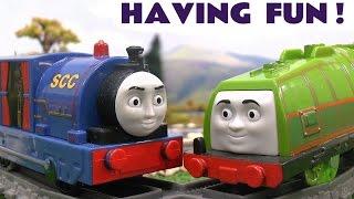 getlinkyoutube.com-Thomas and Friends Trackmaster Toy Train Set Having Fun Gator & Timothy Thomas Y Sus Amigos Tomaz