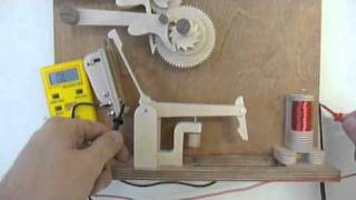 getlinkyoutube.com-Electric Wooden Gear Clock