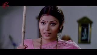 Shruthi Malhotra Saree Change Love Scene    Please Naaku Pellaindi Movie