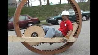 getlinkyoutube.com-Kinetic Sculpture Race: American Visionary Arts Museum (AVAM) - Youtube