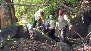 getlinkyoutube.com-Extreme fishing expedition kayser suriname.m4v