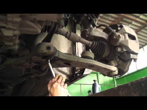 Где находятся у Mazda CX-3 сайлентблоки передних рычагов