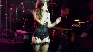 getlinkyoutube.com-Anne Curtis' most daring performance! [LIVE!!!]